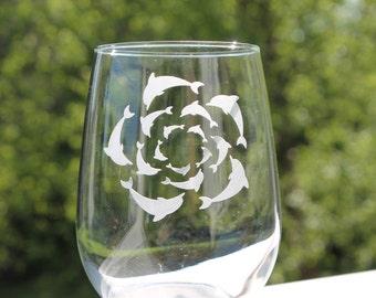Dolphin, stemless wine glasses, Wine Glasses, Dolphin wine glass, etched wine glass, beach wine Glasses, Etched - 17oz, stemless wine