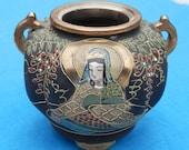 Vintage Satsuma Vase or bowl Wonderful detail