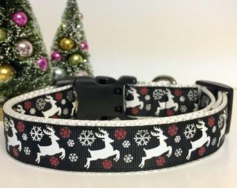 Christmas  - Winter - Reindeer- Dog Collar - Seasonal - Snow - snowflakes - black -