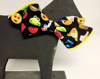 Emoji Dog Collar Girly Bow, Bow Tie, Dog Gift, Puppy, Holiday, Collar Accessory - Gift - Poop