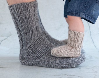 Crane Socks crochet pdf pattern INSTANT DOWNLOAD