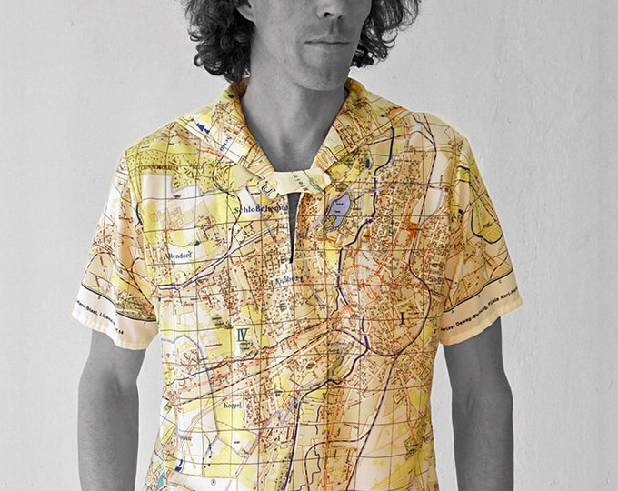 PIONEER Shirt with short Sleeves, sailor collar, Seaman, Karl- Marx- Stadt, Map, card, plan, Socialism, digital print, Karl Marx, Uniform
