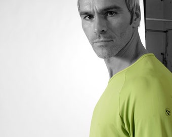 MEN T-SHIRT in many Colors, V- Neck, Raglan, microfibre, Long Sleeves, G.D.R. Print