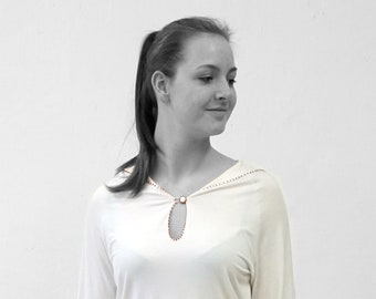 T-SHIRT with sailor collar, embroidered with beads, long Tee