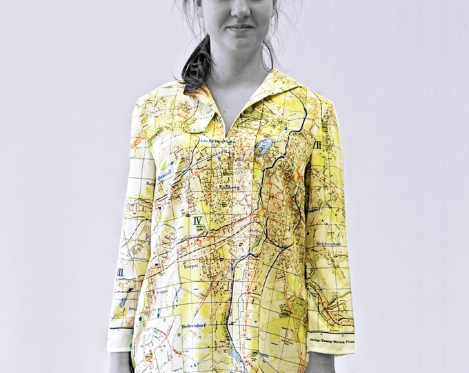 KARL MARX STADT Blouse with 3/4 Sleeves, sailor collar, digital print