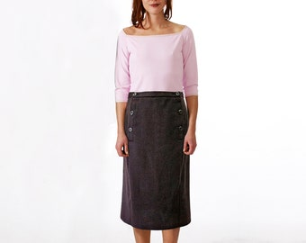 2-ROW SKIRT in different fabrics, knees covered, double row