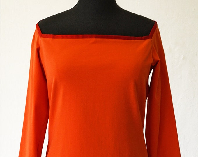 SALE! T-Shirt with 3/4 Sleeves, big neck