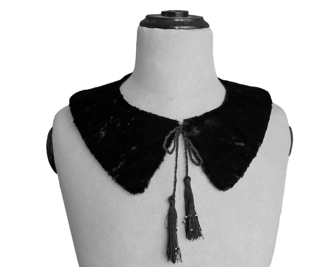 FUR COLLAR with Tassel and Beads, in white and black, handmade