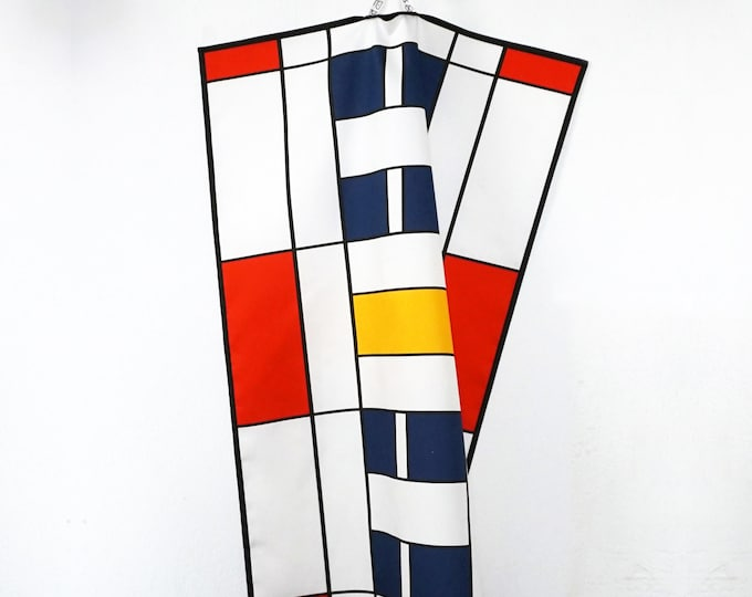 TEA TOWEL or Table Runner, 100 years BAUHAUS, Place Mat, Dish Cloth, De Stijl, Constructivism, Concrete Art, primary colors, Digital Print