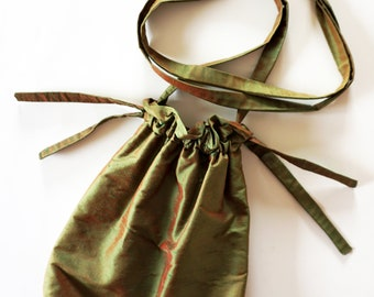 SILK POUCH Art-Déco Art-Nouveau iridescent shiny green brown