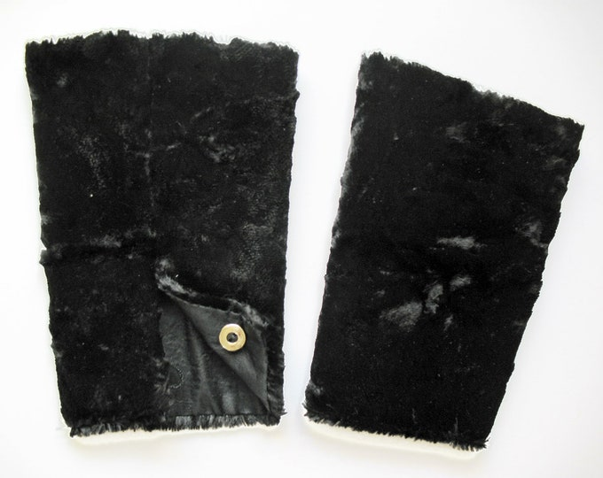 FUR CUFFS Arm Warmers, black or white, Fake, Fur, Art Deco, Edwardian
