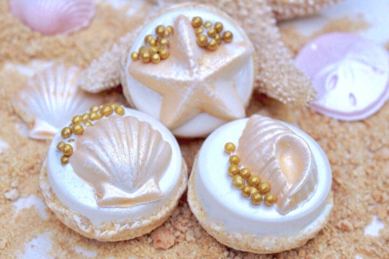 Chocolate Covered Oreos With GOLD Seashells On A image 0