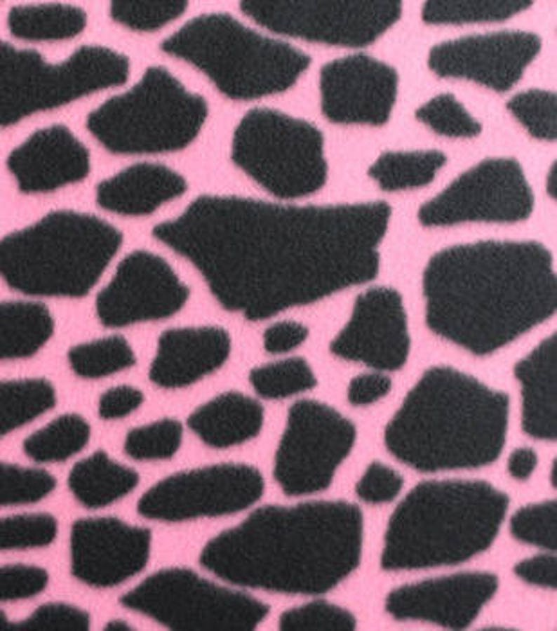 Wondrous 1 Set Of Giraffe Print On Pink Print Seat Covers And Steering Wheel Cover Custom Made Alphanode Cool Chair Designs And Ideas Alphanodeonline