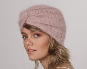 f5591cde75b Vintage style angora wool hat handknitted dusty pink color