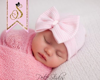 Hospital Newborn hat Newborn baby girl beanie with bow pink Newborn Hat  newborn Coming home hat Baby Girl Hospital Hat Newborn Girl Hat f4204dbc3ef