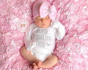 Newborn photography ideas in hospital