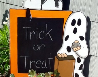 Charlie Brown and Snooy Halloween Yard Art Sign