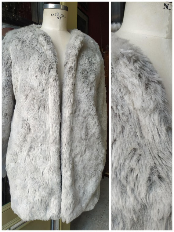 Coat Faux Fur Coat Vintage / Vegan Fur Coat / Silv