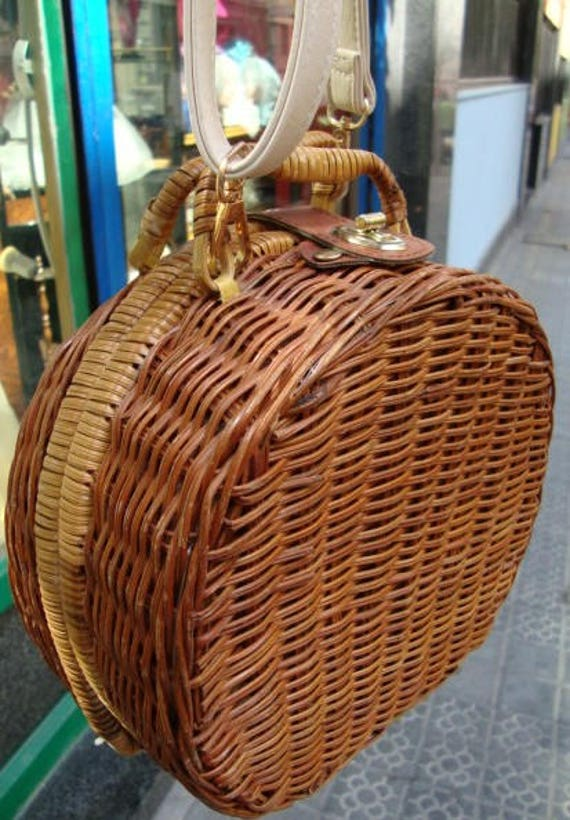Vintage Wicker Round bag /Boho handbag / Handwoven