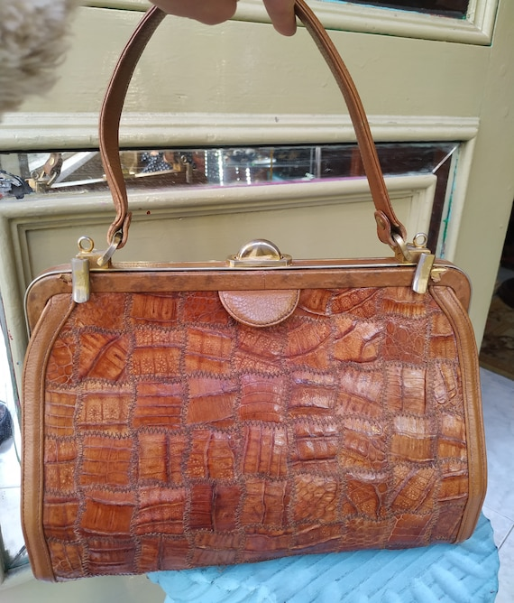 Vintage Brown Leather handbag Patchwork / Embossed