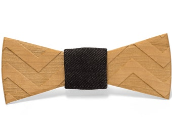 "Wood Bow tie- ""Marvin"""