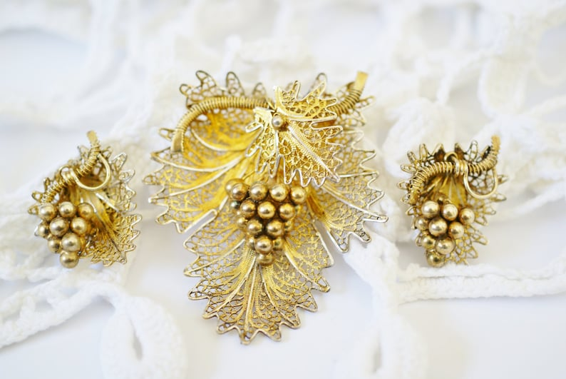 Brooch Clip Earrings Jewelry Set Vintage Gold Grape Leaf Jewelry Set Portuguese Gold Tone Silver Vermeil Filigree Pin Set