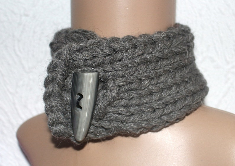 Collar extra scratchy wool knitted Choker 100/% wool thick knit Neck Slave Collar Sub Collar BDSM chunky knit by Strickolino