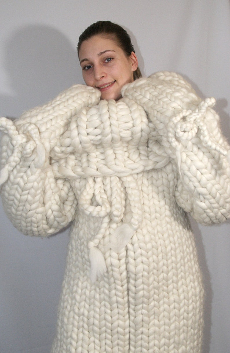12 kg Catsuit gigantic monster turtleneck catsuit chunky wool image 0