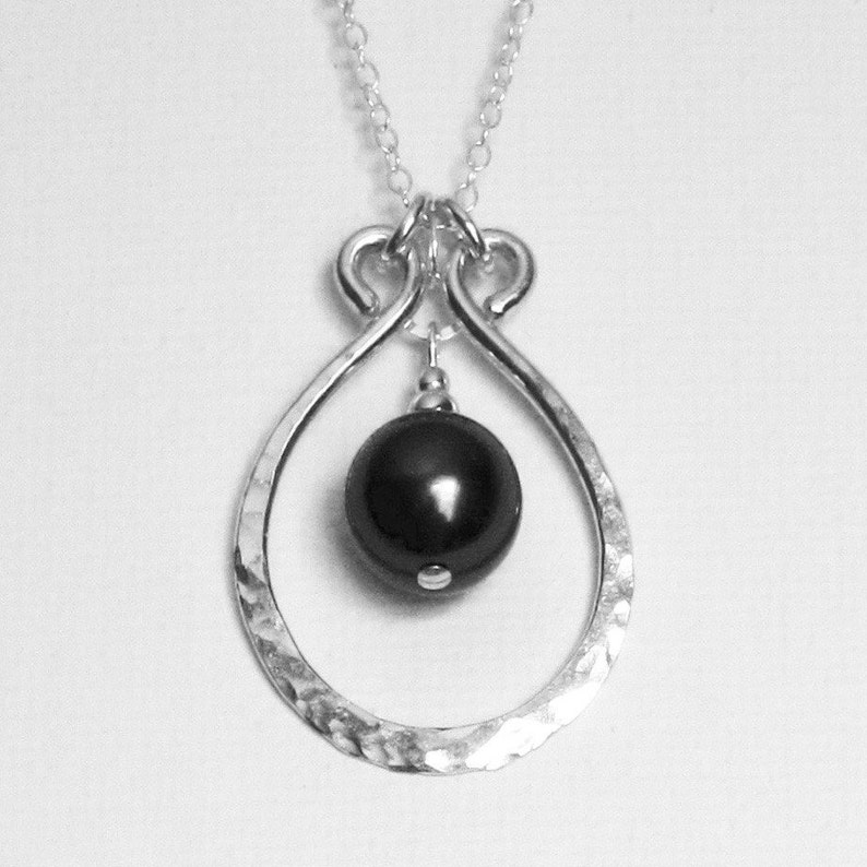 Silver Black Pendant Black Pearl Jewelry Hammered Silver Pendant Hammered Horseshoe Pendant Hand Crafted Pendant Everyday Necklace