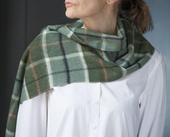 79fd3d2c0594 Wool Scarf Pistachio Green Grey Check Vintage. Plaid shawl   Etsy