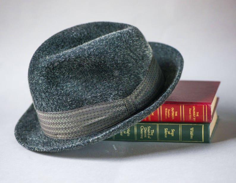 88a6e6d21d8d7 Vintage dark grey mens felt hat. Classic men hat stingy brim | Etsy