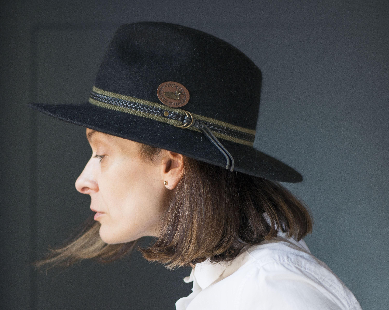 Unisex fedora hat black felt. Wool fedora country style hat.  8d56e558e43d