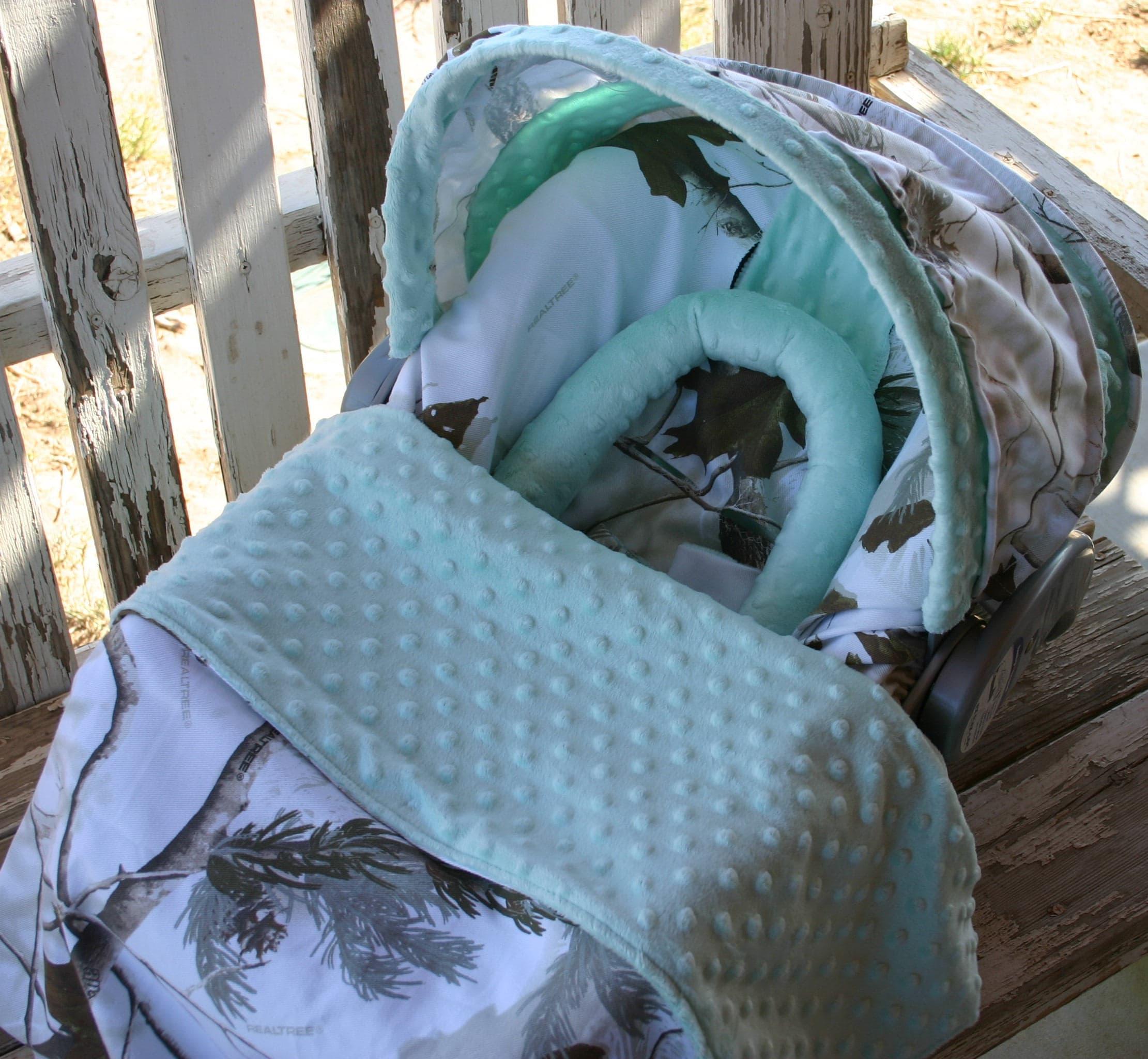 "baby blanket 20/""x20/"" realtree and aqua// teal minky"