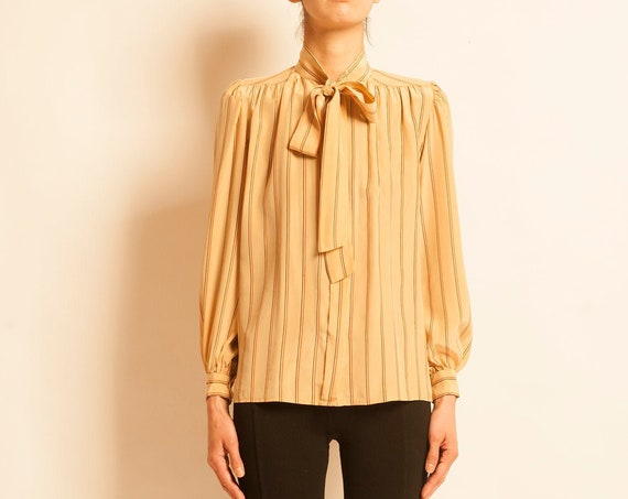 Blouse Yves Saint Laurent from 1980's lavalliere