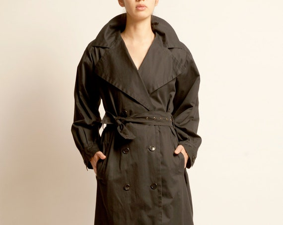 Trench coat Yves Saint Laurent from 1980's black oversized