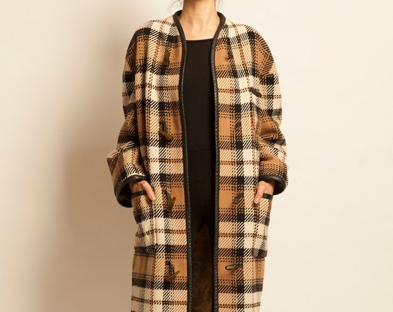 Duffle coat CELINE from 1970's tartan pattern oversized