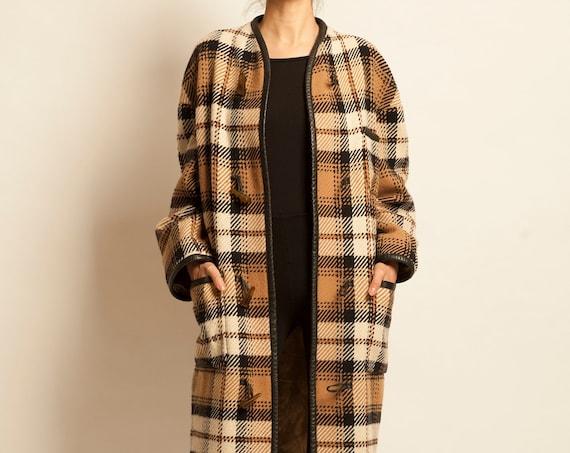 Duffle coat CELINE from 1970's tartan pattern oversized