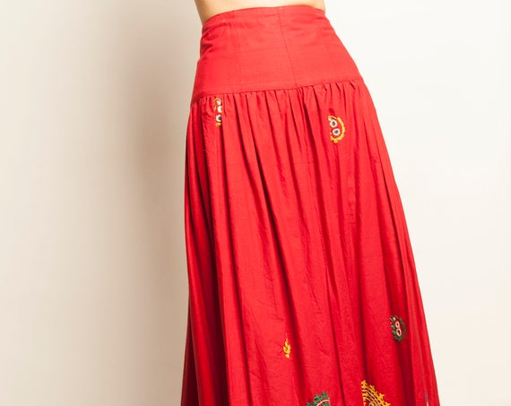 Ethnic Bolivian hand made embroidery wrapped long skirt