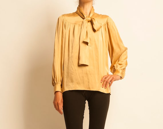 Lavalliere blouse Yves Saint Laurent from 1980's
