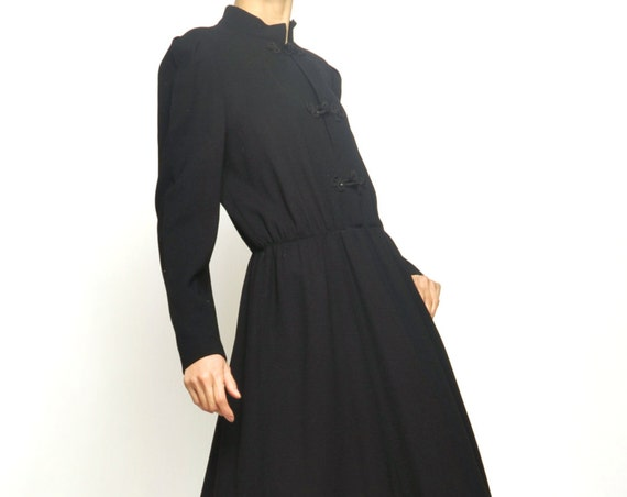 NOUVELLE VAGUE couture Chinese Style Buttons Black Dress