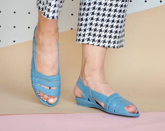 90s RUBBER sandals HIPPIE sandals JELLY sandals peep toe sandals boho sandals bohemian sandals vintage sandals / size 6.5 us / 4 uk / 37 eu