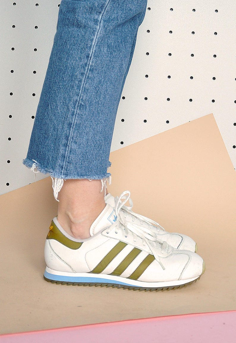 official photos d0ad3 0862e Anni   90 allenatori ADIDAS sneakers adidas originals   Etsy