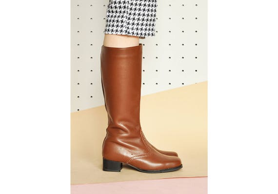 70er Jahre TALL Stiefel faux LEDER Stiefel RIDING Stiefel mod Stiefel Knie hohe Stiefel moderne Stiefel minimale Stiefel Brogue Schuhe Größe 7 uns 4,5