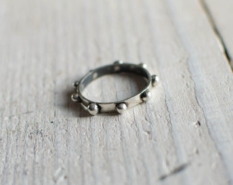 silver ring massive, minimalist, graphic, discreet, ring a stack, black and white
