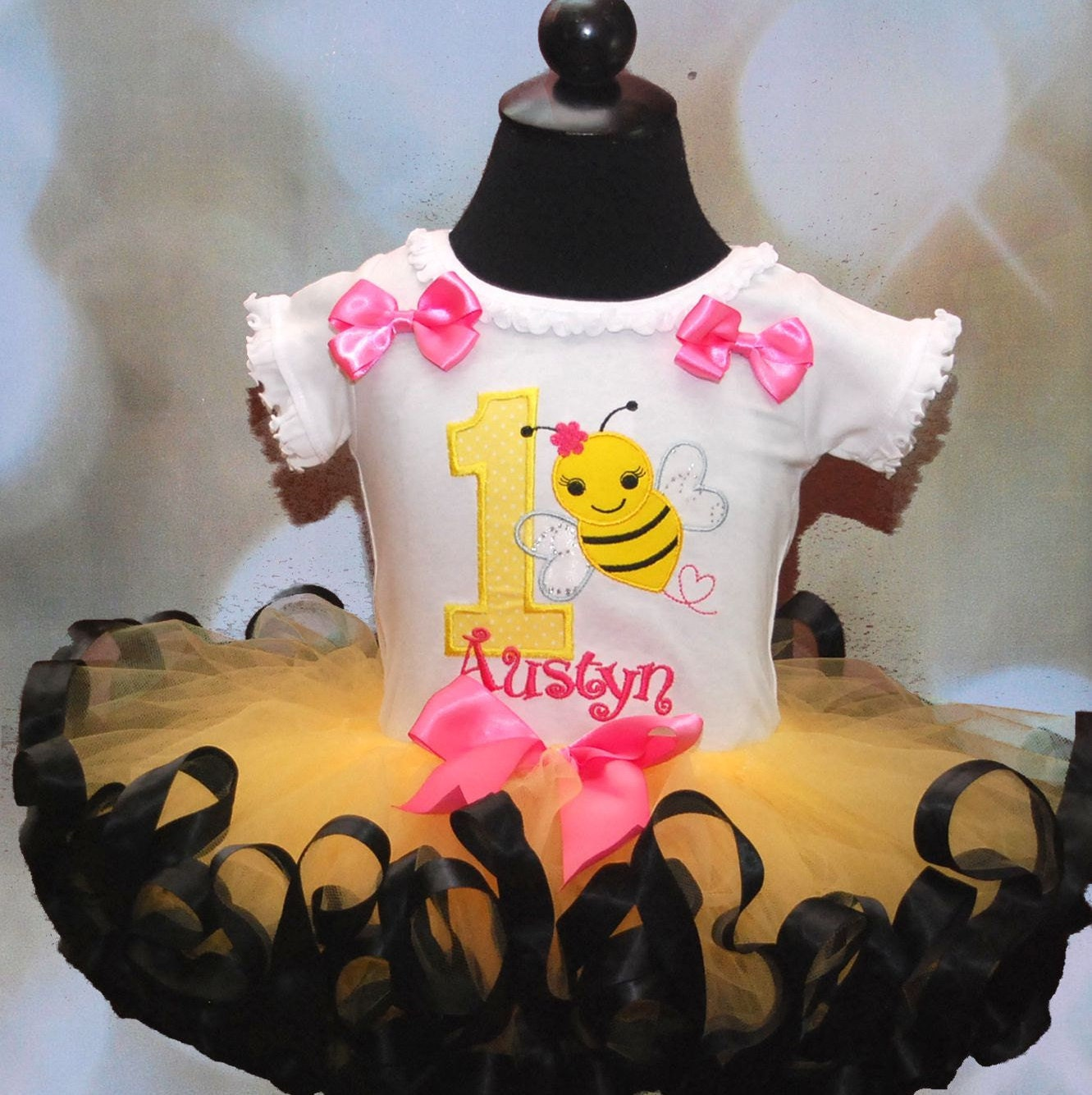 bumble bee birthday outfit, 1st birthday outfit girl, baby bumble bee birthday tutu outfit, ribbon trim tutu, first birthday cake smash set