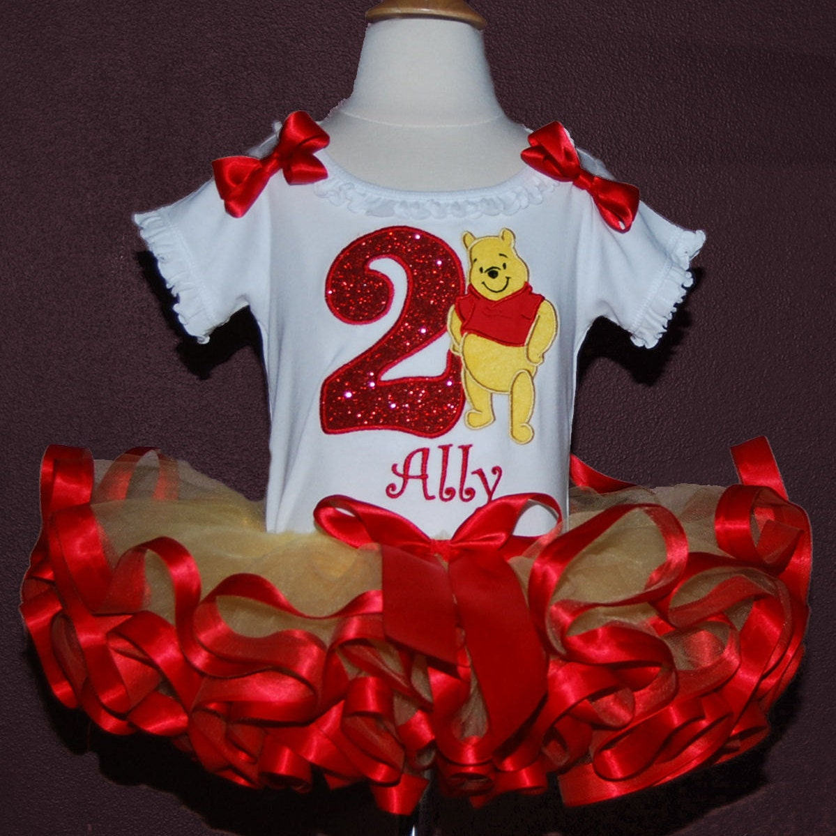 winnie the pooh birthday outfit, cake smash outfit girl, personalized winnie the pooh shirt, pooh bear shirt, 2nd birthday outfit girl, tutu