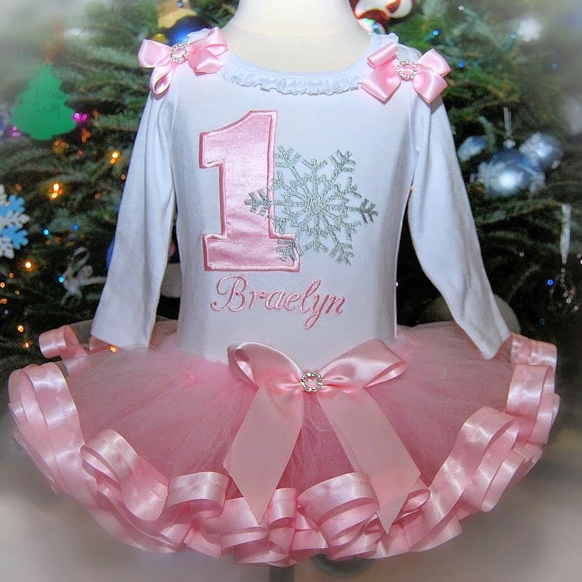 onederland outfit  1st Birthday Winter Onederland 1st birthday outfit girl snowflake princess birthday tutu outfit first birthday