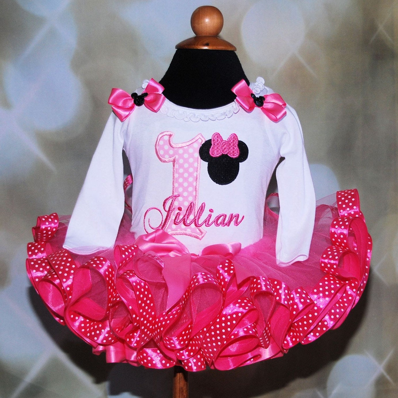 Minnie Mouse first birthday tutu outfit 1st bithday girl outfit  minnie mouse tutu dress 1st birthday cake smash outfit personalized