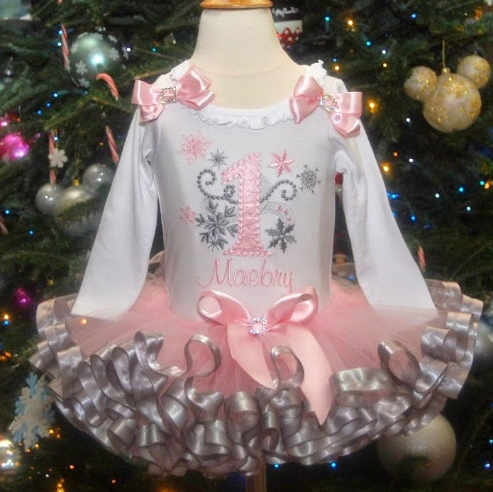 winter onederland outfit, first birthday tutu outfit, frozen birthday outfit, personalized first birthday outfit girl, cake smash outfit