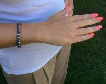 Pearl stretchy bracelet, freshwater pearl and sterling silver bracelet, bridal jewellery, elegant pearl jewellery, bridesmaid gift.